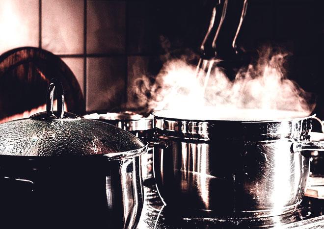 Пар из посуды