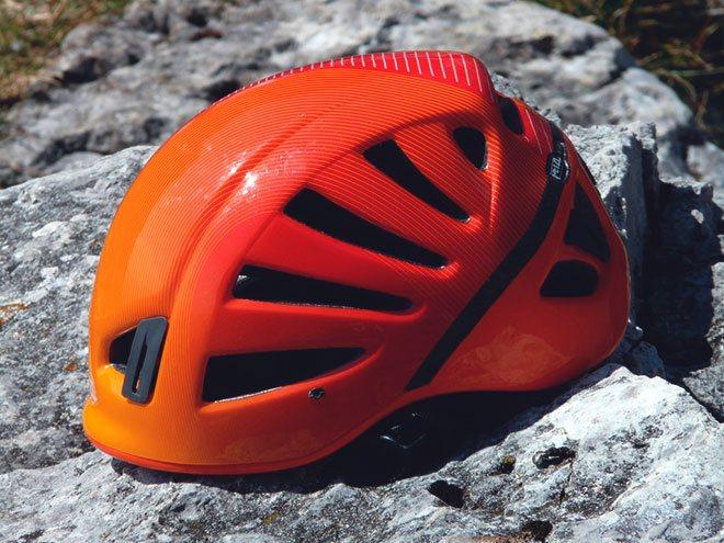 Каска для альпинизма