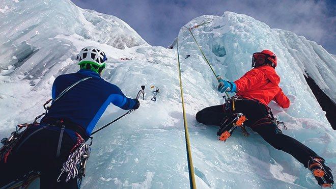 Альпинисты и страховка